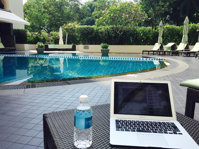 poolside office
